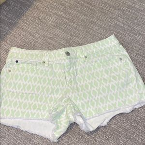 Cute cut-off shorts